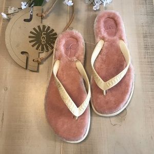 NEW Ugg Fluffie Pink & White Sandals Faux Fur 8M